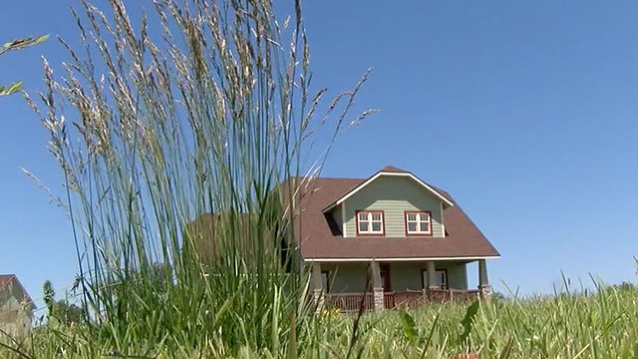 KS town gives away land to attract new residents