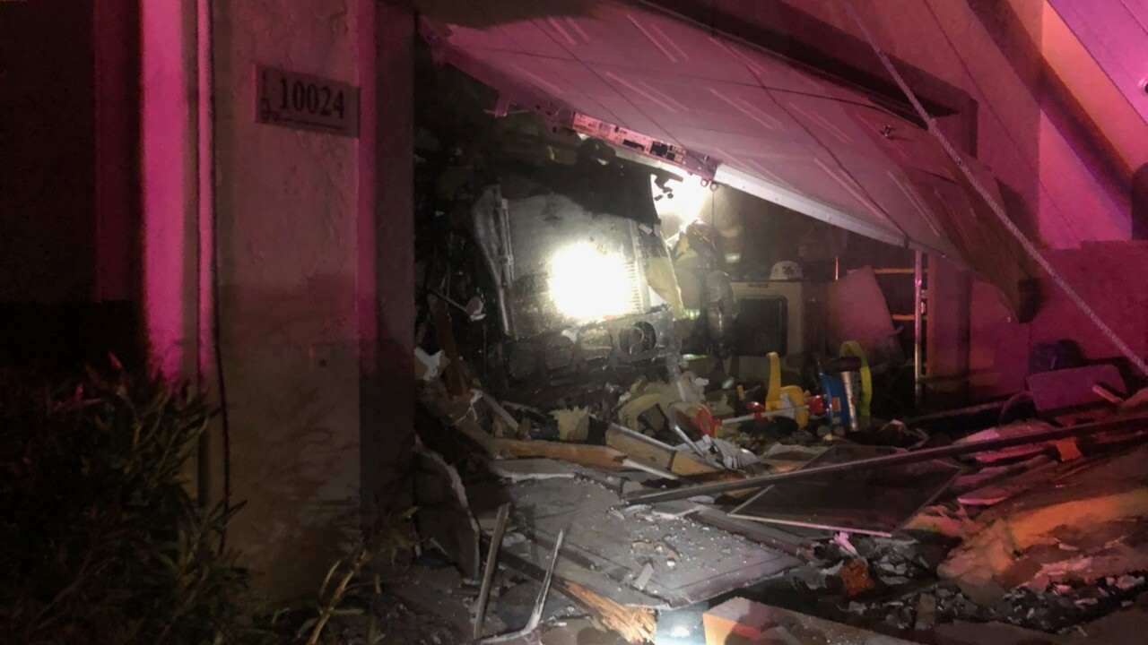 Mesa semi-truck into home