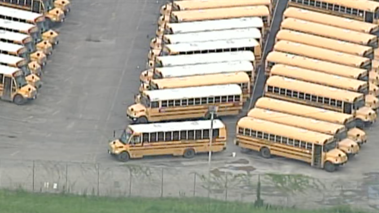 SKY First Student layoff bus KCPS.png