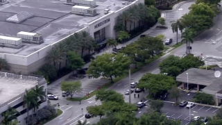Aerial of shooting at Aventura Mall