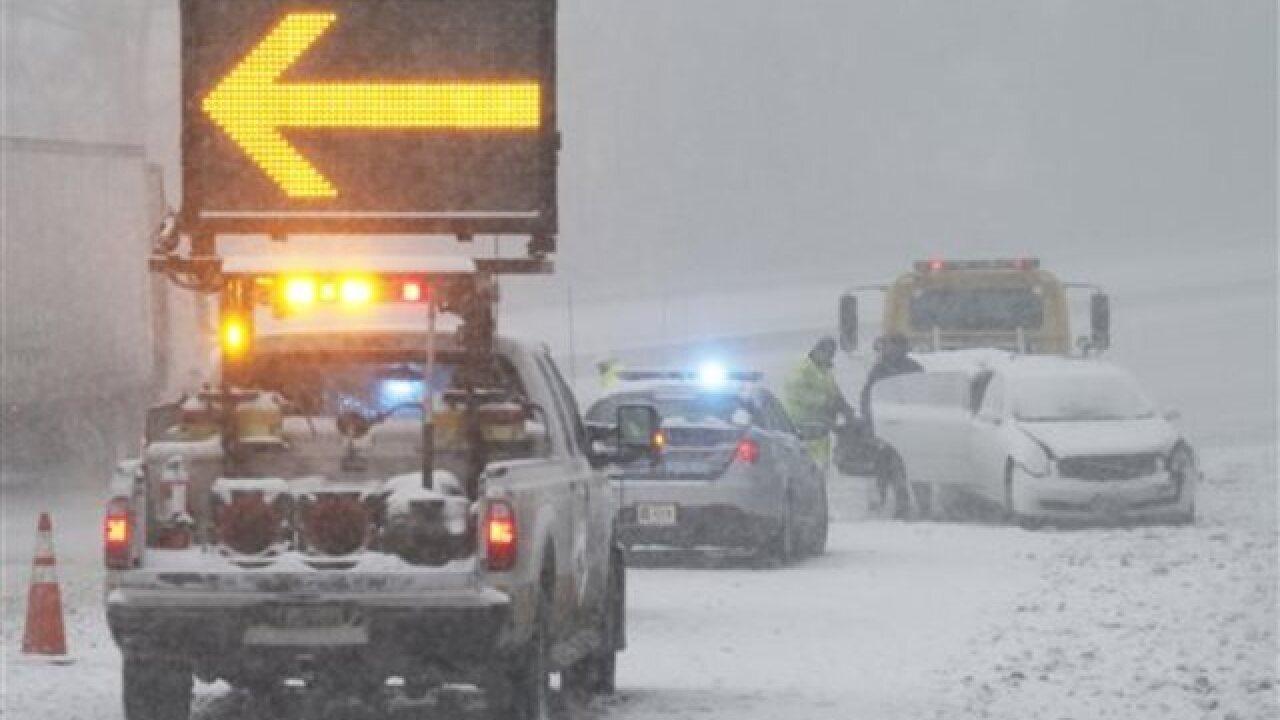 Lingering flight delays in wake of blizzard