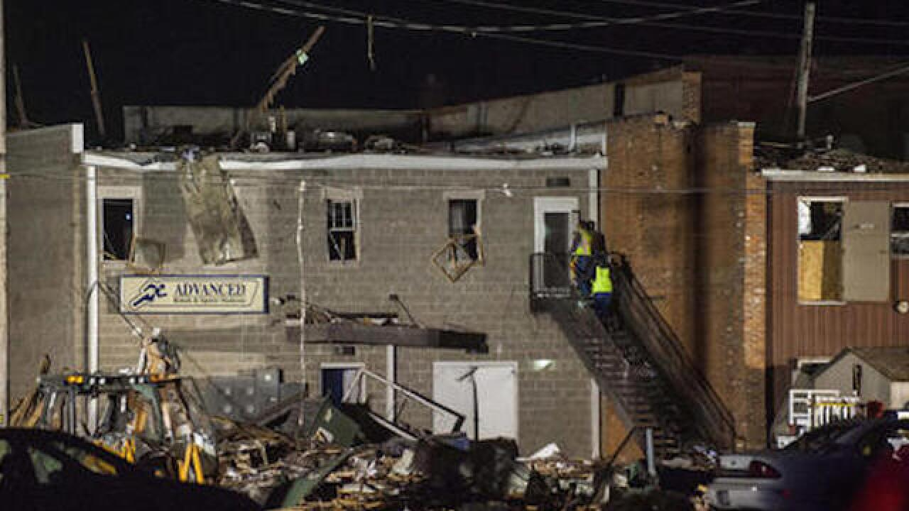 Natural gas explosion kills 1 in Illinois