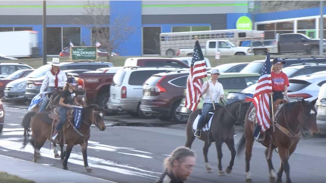 horseback voters.JPG