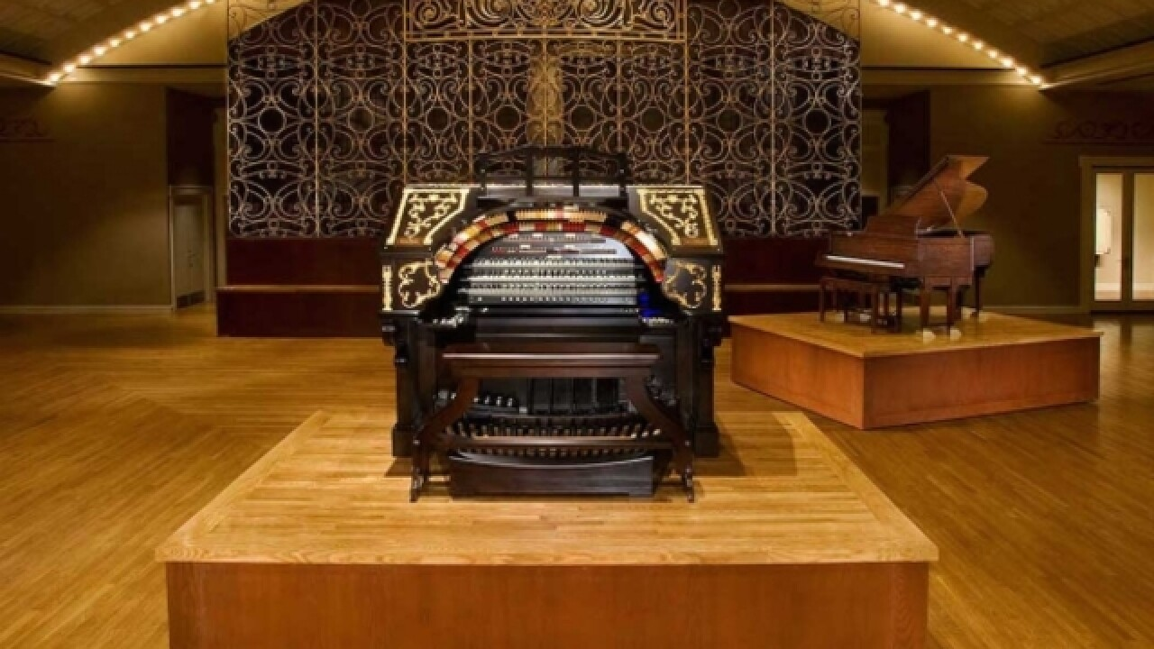 Pipe organ tops Mount Healthy theater plans