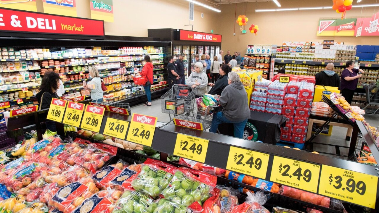 'Extreme value' supermarket chain Grocery Outlet to go public