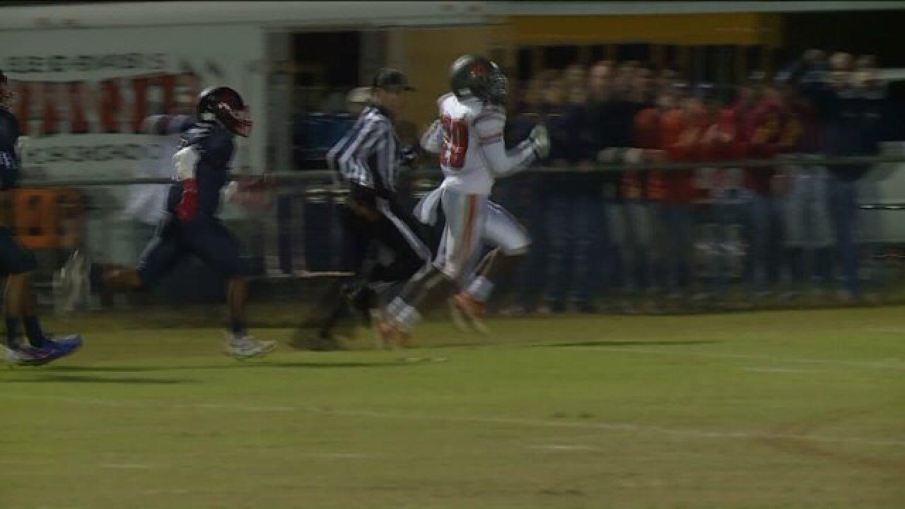 Lee-Davis hangs on to win 58th Tomato Bowl over PatrickHenry