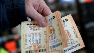 $198 million winning Powerball ticket sold in Tennessee