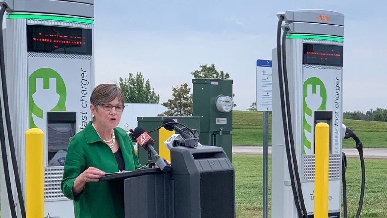 gov laura kelly introduces charging stations on turnpike