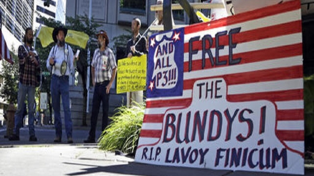 Trial in Oregon standoff begins
