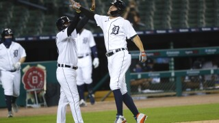 Tigers win 4th straight, 5-1 over White Sox