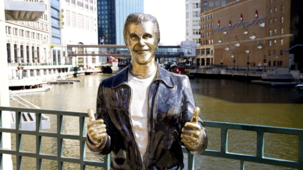 """FONZ FM"" launches in Milwaukee, plays music from the 50s to 70s"