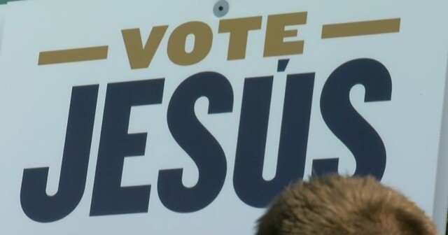 Vote for Jesus Aguilar and receive a free doughnut [PHOTOS]