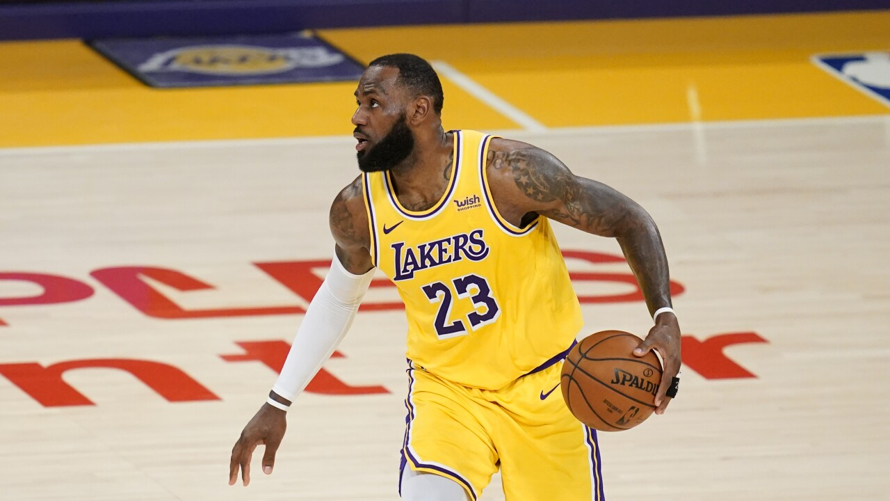LeBron James Thunder Lakers Basketball