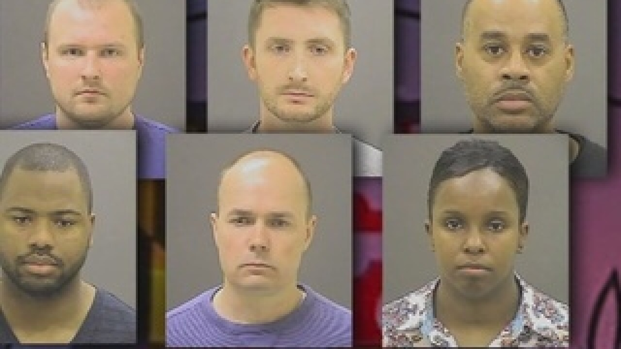 Freddie_Gray_trials_discussed_3421620001_24031057_ver1.0_640_480_1495559815600_60055996_ver1.0_320_240.jpg