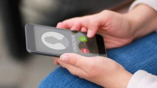 This new phone scam uses a text from your bank to fool you