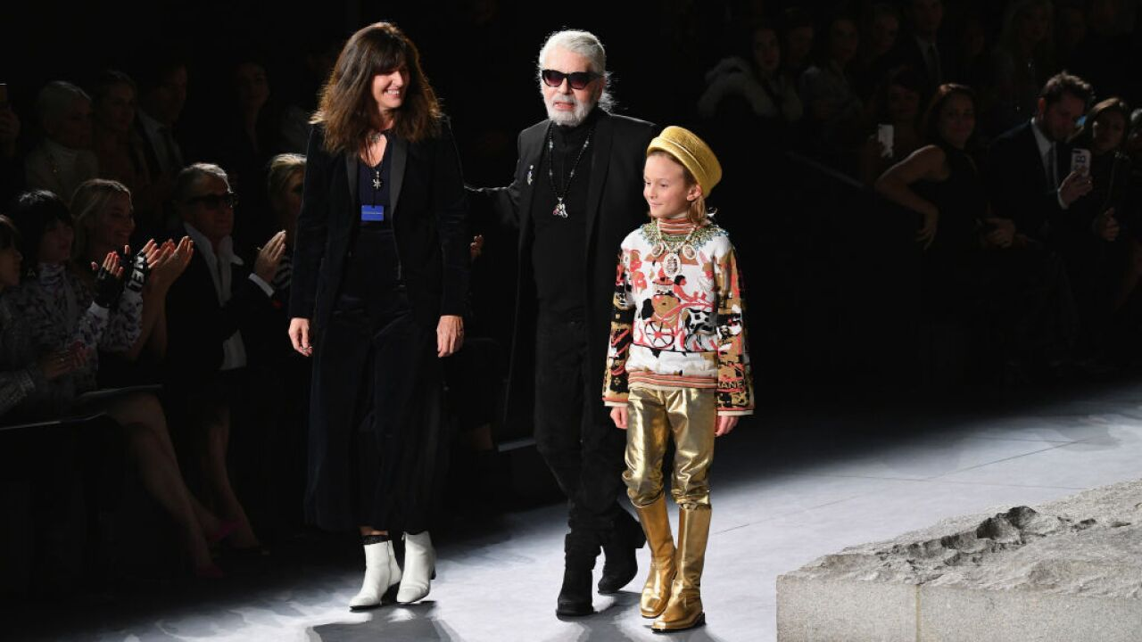 Karl Lagerfeld Pioneering Fashion Designer Dies At 85
