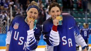 Five Wisconsin women among Team USA hockey gold medalists who beat Canada in shootout