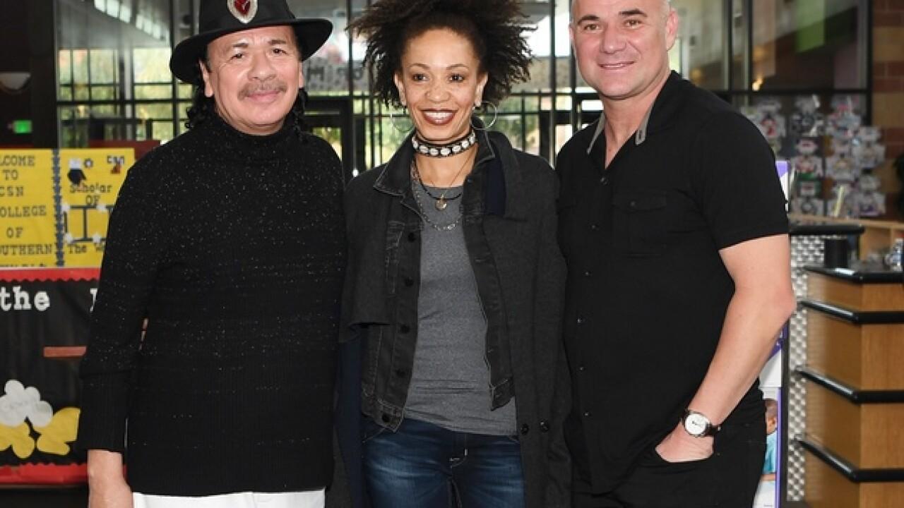 Santana announces iPad donation at Agassi Prep