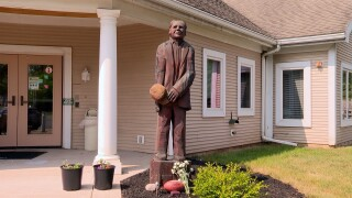 Dick Gallagher Statue