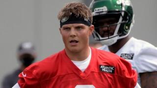 Jets Zach Wilson.jpg