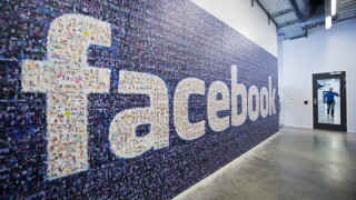 Facebook's 'like' button to get 'angry' and 'sad'