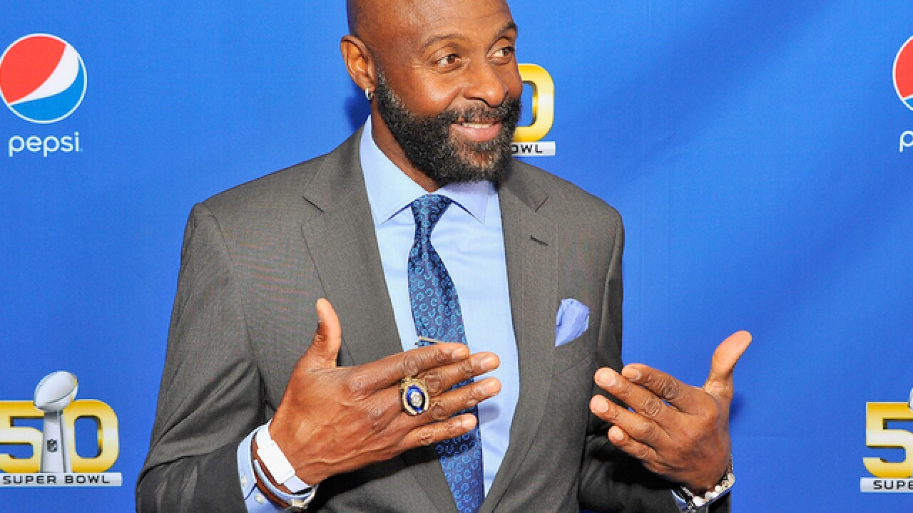 Jerry Rice, White House weigh in on Kaepernick
