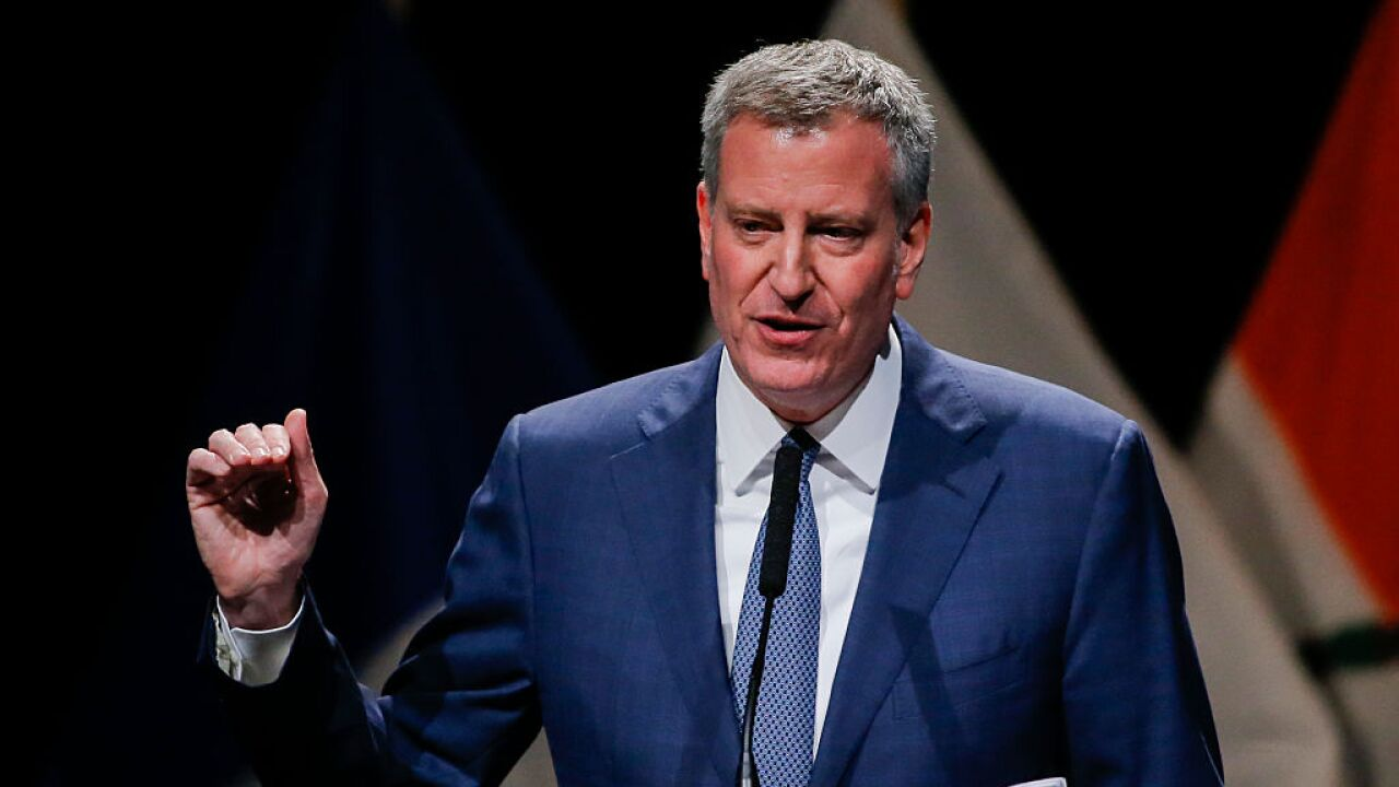 Bill de Blasio, New York City mayor, becomes 23rd Democrat to enter presidential race