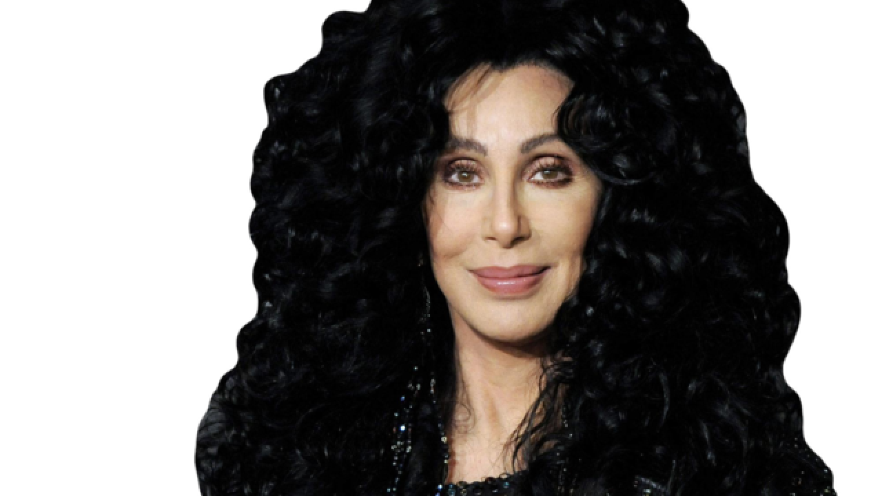 "Cher's ""Here We Go Again"" tour coming to Indy in Feburary"