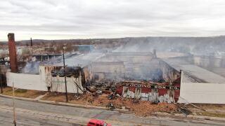 Middletown paperboard fire.jpg