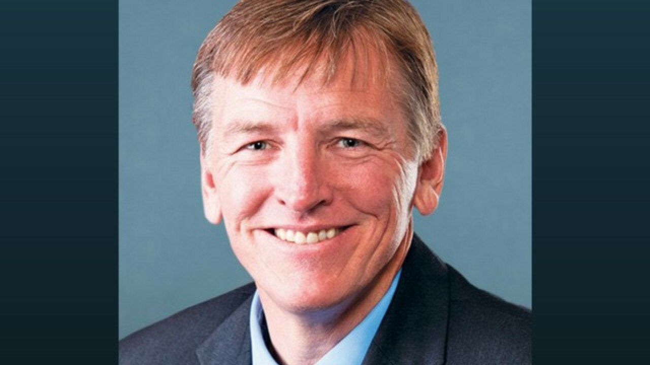 Paul Gosar blasts siblings who endorsed opponent