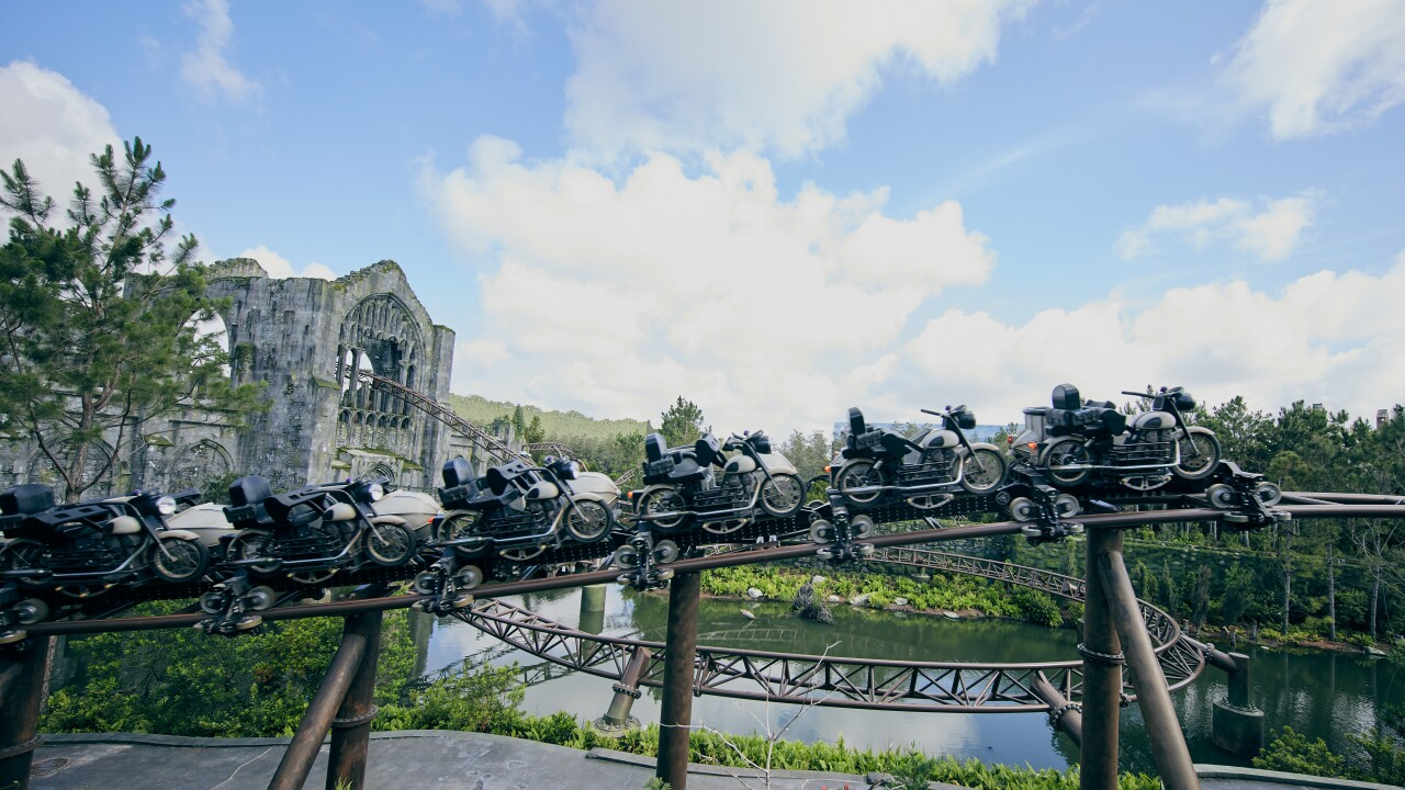 942