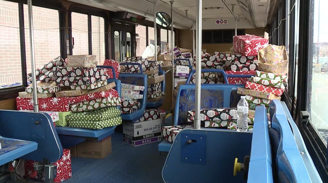 cpd-metro-bus-gifts.jpg