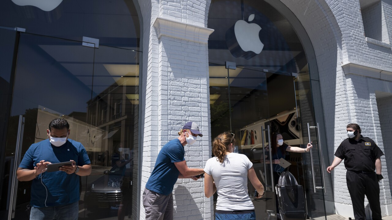 Apple to temporarily shutter some locations in four states as COVID-19 cases spike