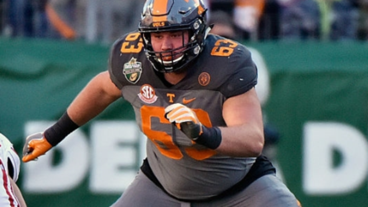 Lions sign undrafted OL Brett Kendrick of Tennessee