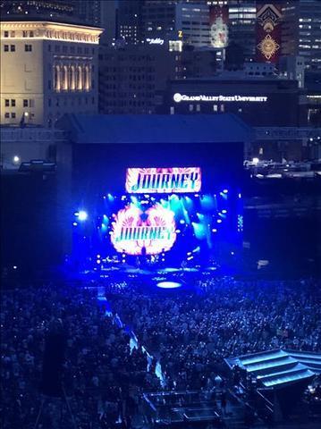 Viewers send in their favorite photos of last weekend's Def Leppard, Journey concert