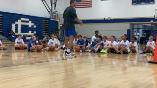 GR Catholic Central hosts youth basketball camp