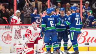 Miller scores twice, Canucks beat Red Wings 5-1