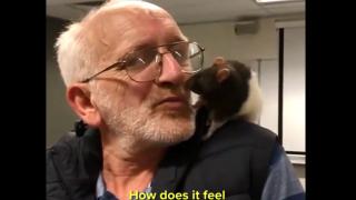 Video extra: Viral sign reunites homeless man with pet rat