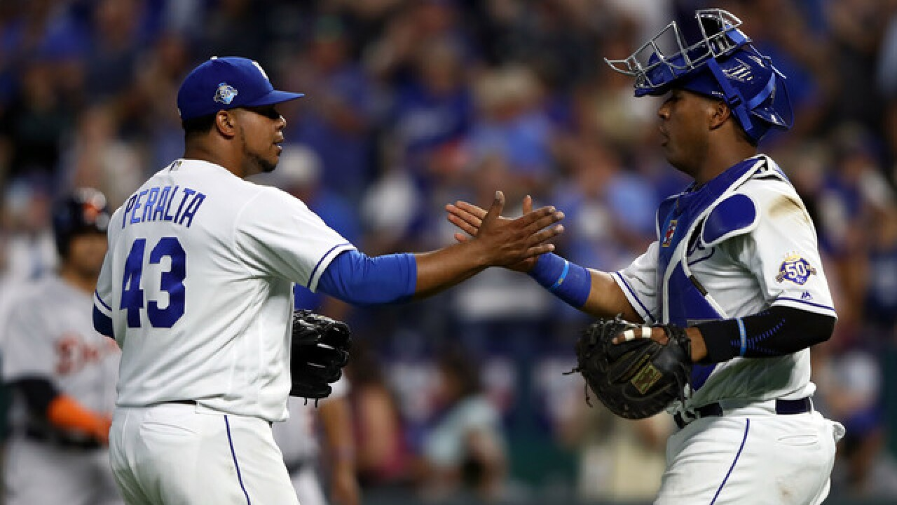 Royals even up series with Tigers, beating division foe 5-4