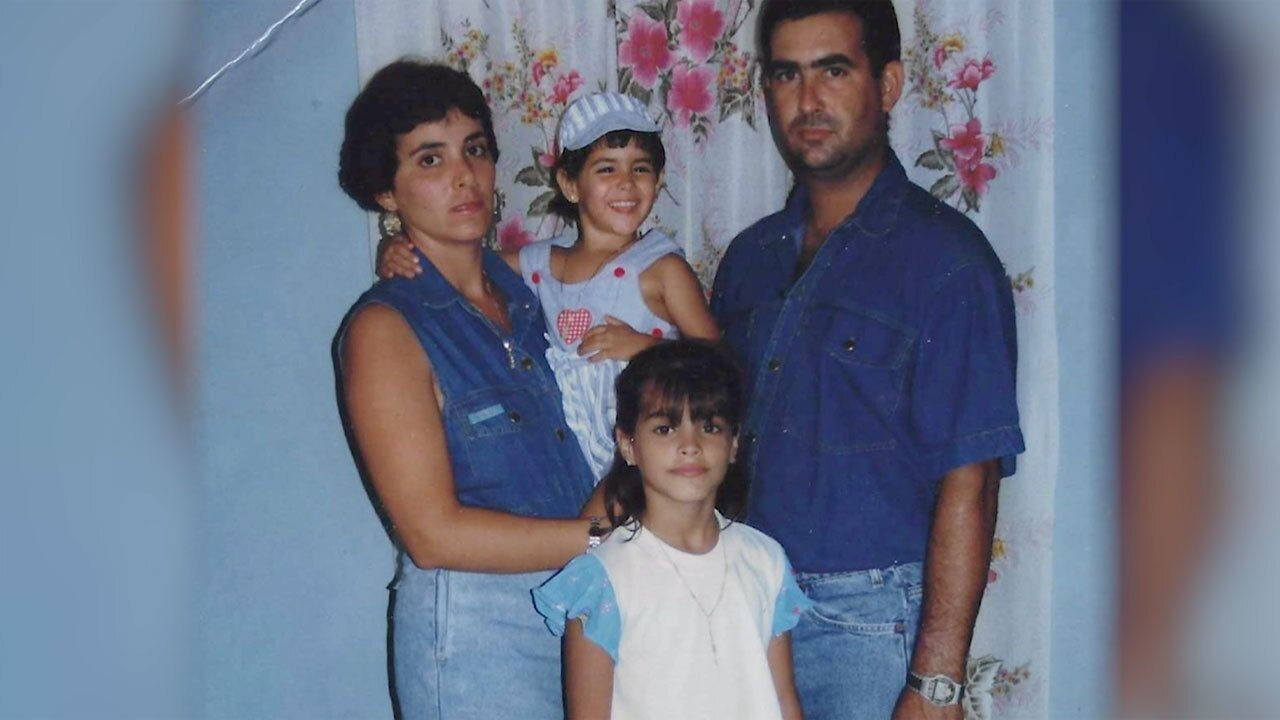 Janny Rodriguez as child with family