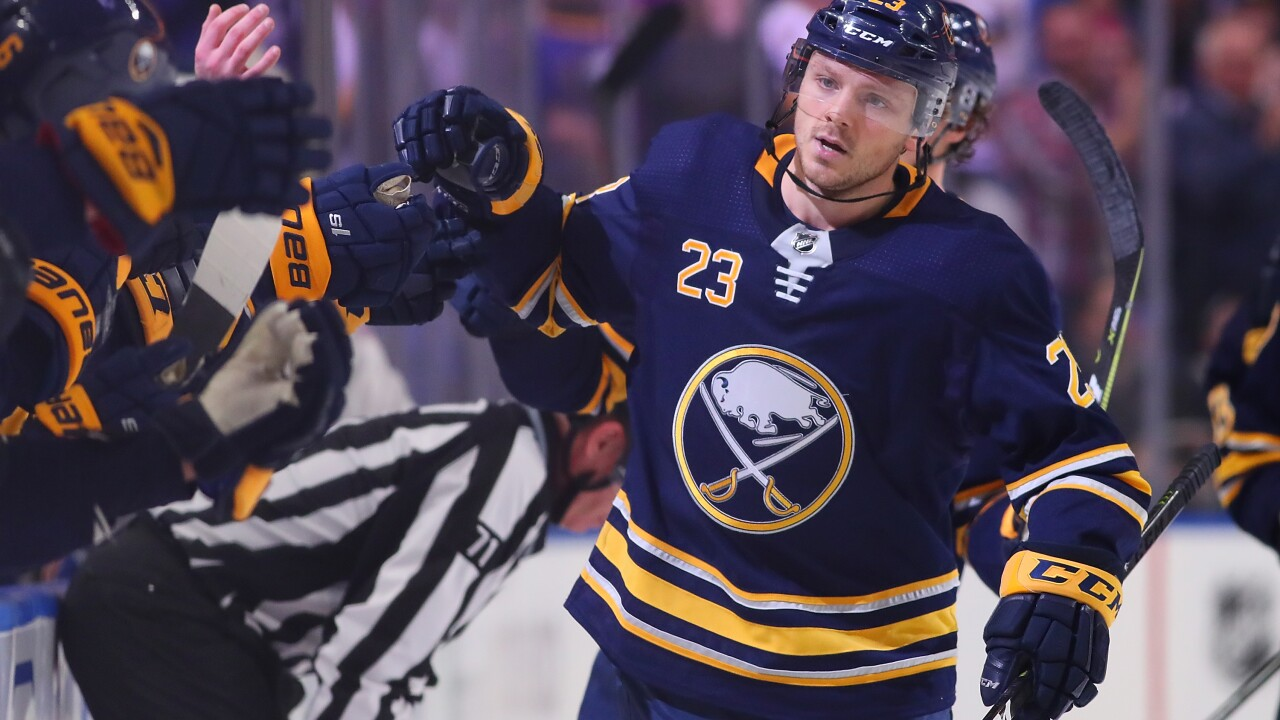 Sam Reinhart has goal and assist in Sabres win