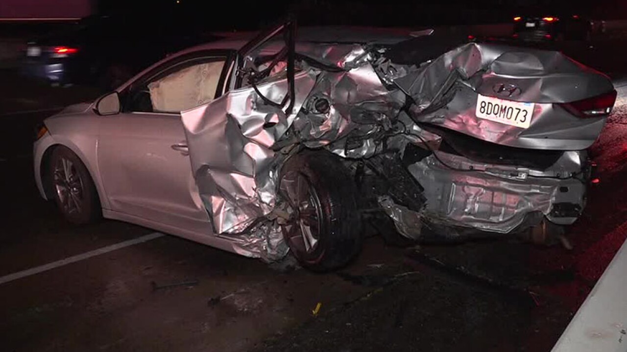 Man dies after crash on I-5