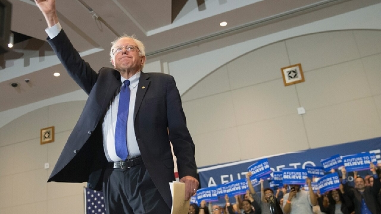 Sanders questions Clinton super PAC, Iraq vote