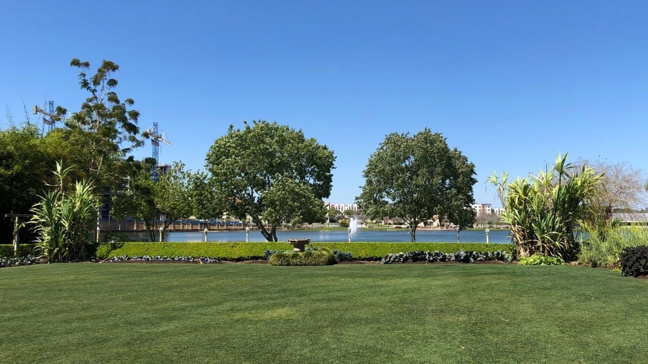 hollis-gardens-lakeland2.jpg