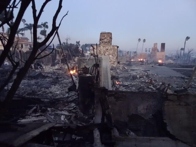 Thomas Fire: Tuesday, December 5, 2017