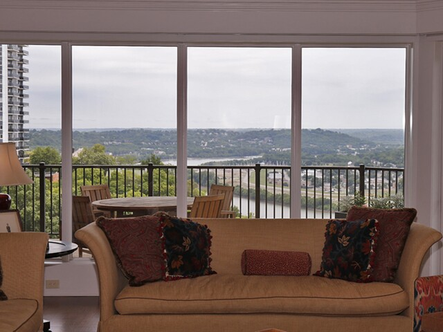Home Tour: For $1.145 million, this sweeping view can be yours