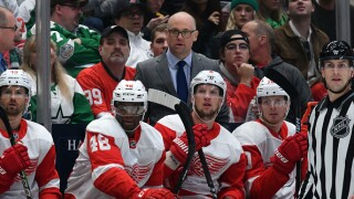 Red Wings fall to Stars after losing early lead