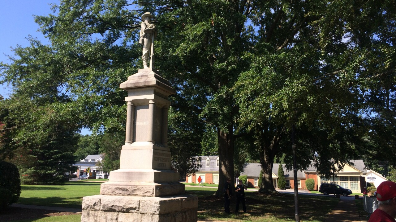 Watch: Rally held to remove Confederate monument in VirginiaBeach