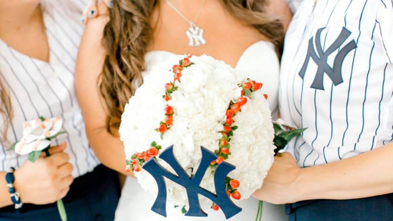 baseball-wedding7.png