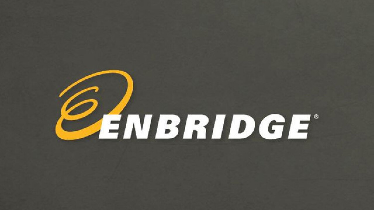 Michigan & Enbridge agree to replace 65-year-old oil pipes